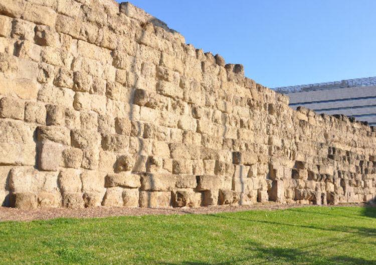 стена сервия туллия