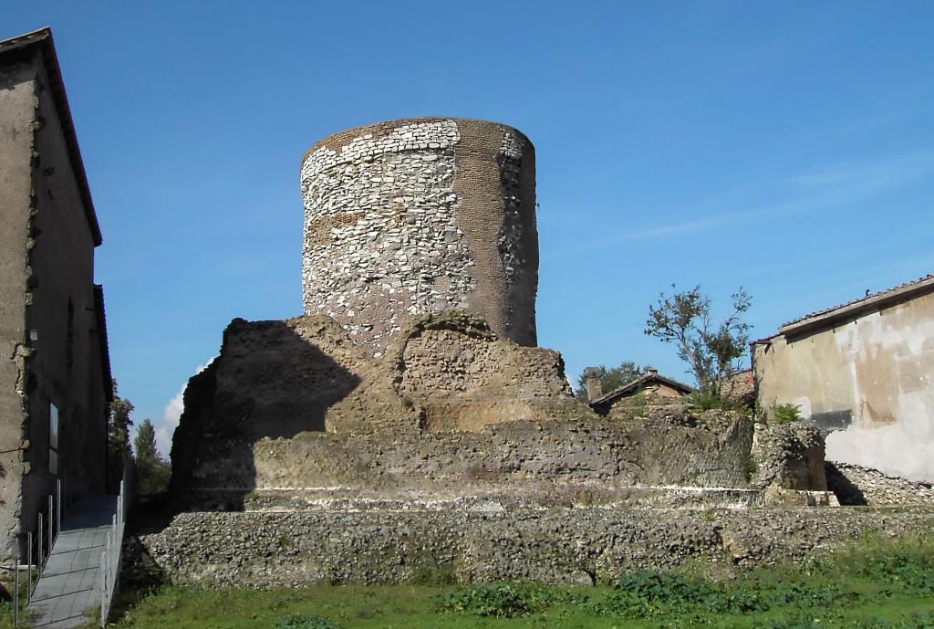 гробница присциллы