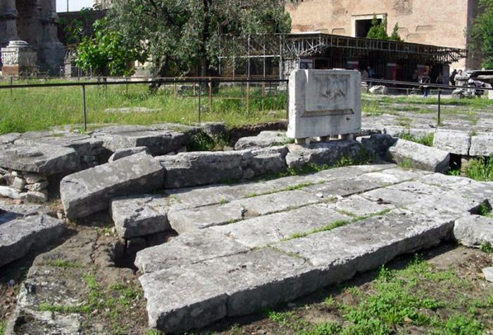 античные фонтаны