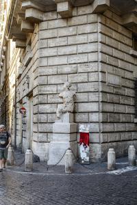 Пьяцца Навона. Статуя Пасквино