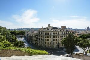 Вид на город от базилики Санта Мария ин Арачели